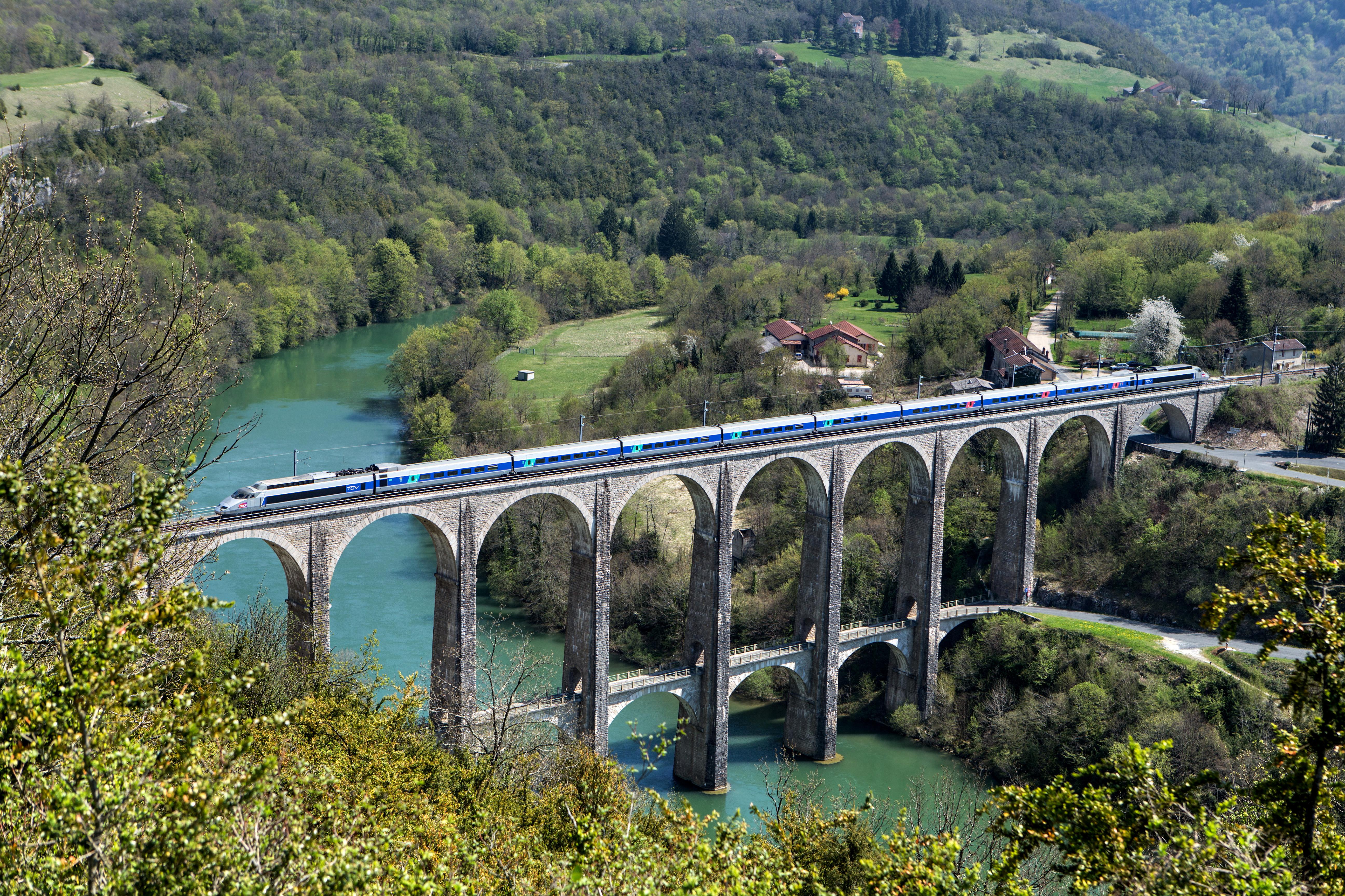 viaduc-TGV.jpg