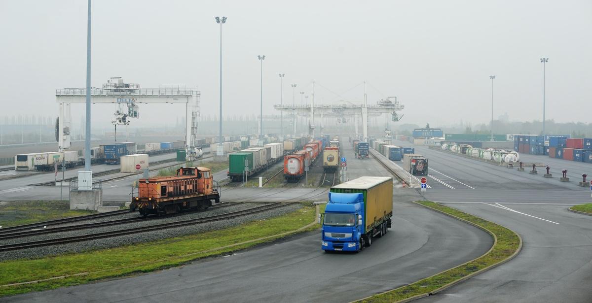 chantier de transport combinede  Dourges